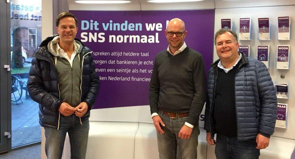 Mark Rutte bezoekt SNS Oostlaan.