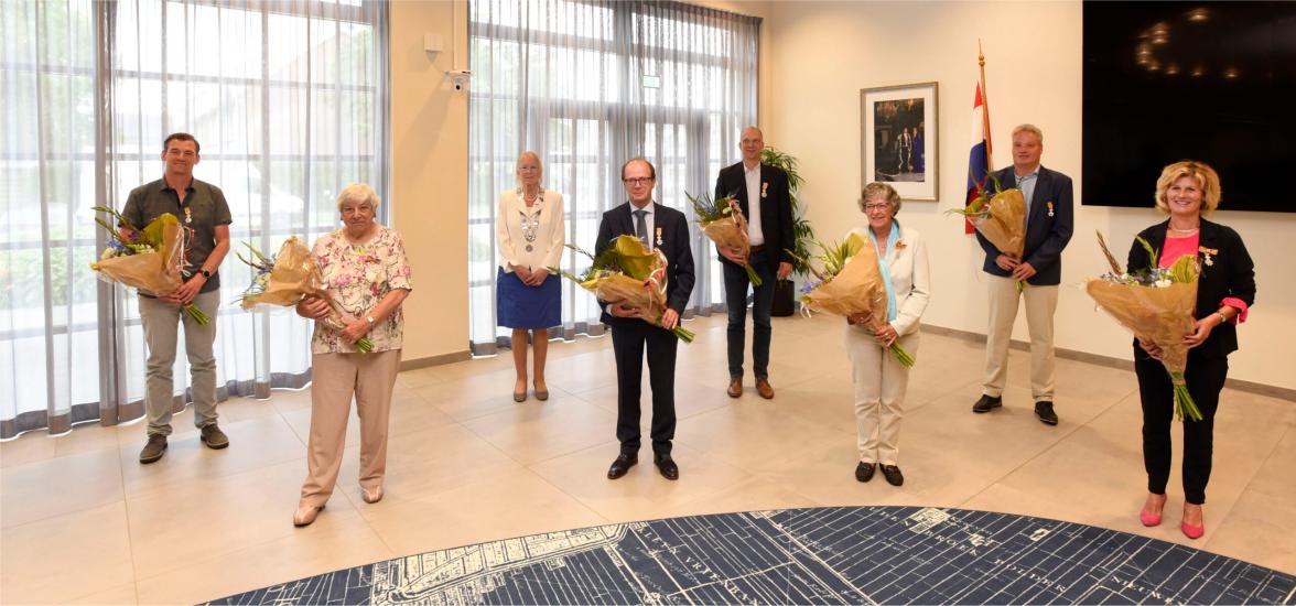 Koninklijke Onderscheidingen uitgereikt.