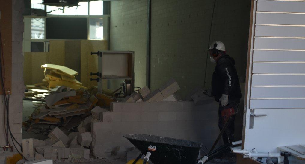 Muren gaan eruit in Ackershof2.