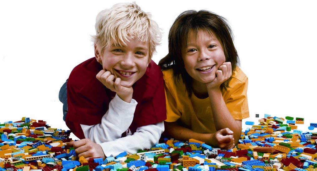 Lego® bouwen op het Raadhuisplein.