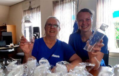 Waterflessen voor kwetsbare ouderen.