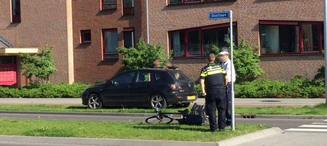 Fietser aangereden rotonde Oostlaan.