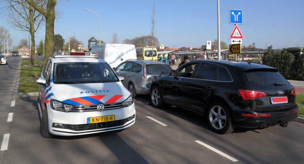 Kettingbotsing op de Oostlaan.