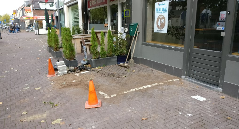 Fietsvlakken Oostlaan gecreëerd.