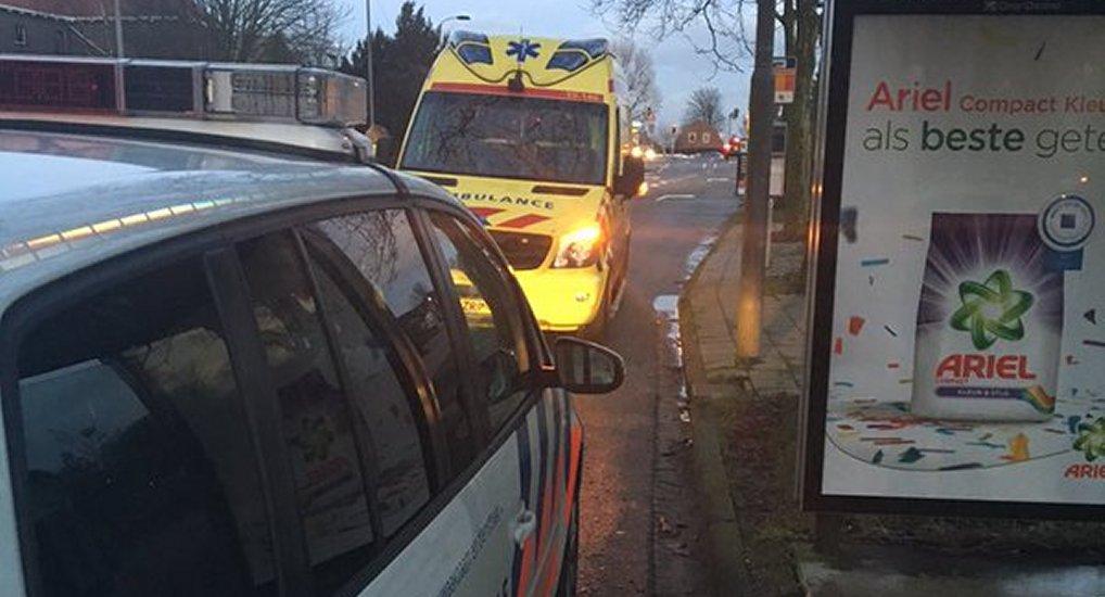Onwel bij bushalte Oostlaan.