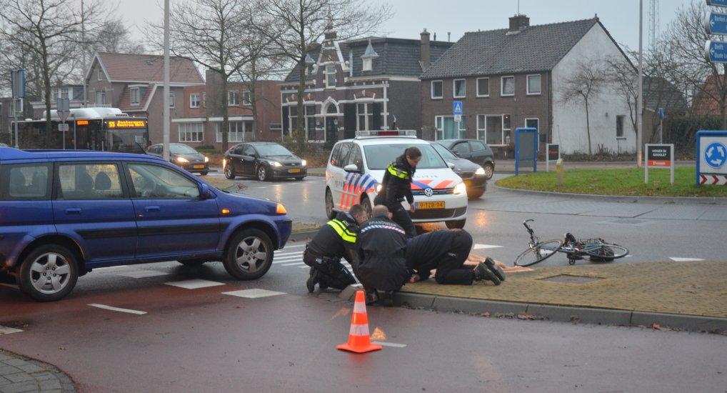 Ongeval met Fietser rotonde Westlaan.