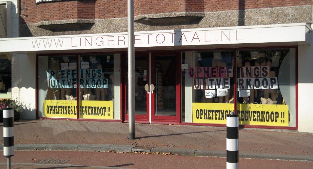 Opheffingsuitverkoop Lingerie Totaal.