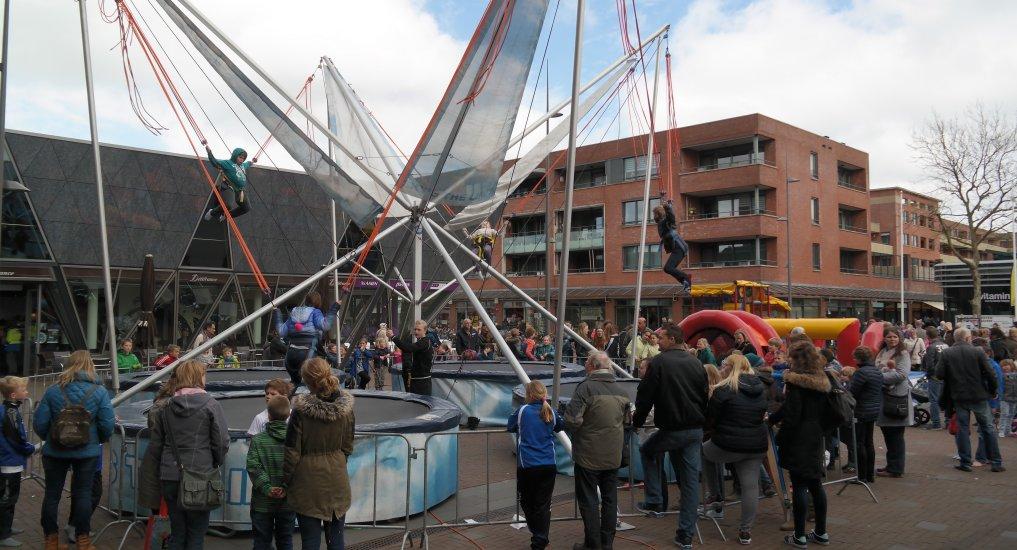Springkussen festival Raadhuisplein.