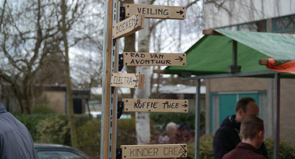 Rommelmarkt/Braderie de Poort.