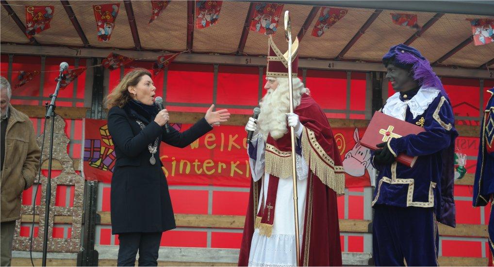 Sinterklaas in Pijnacker aangekomen.