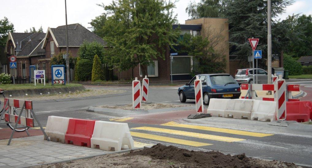 Oversteek Oostlaan afgezet.