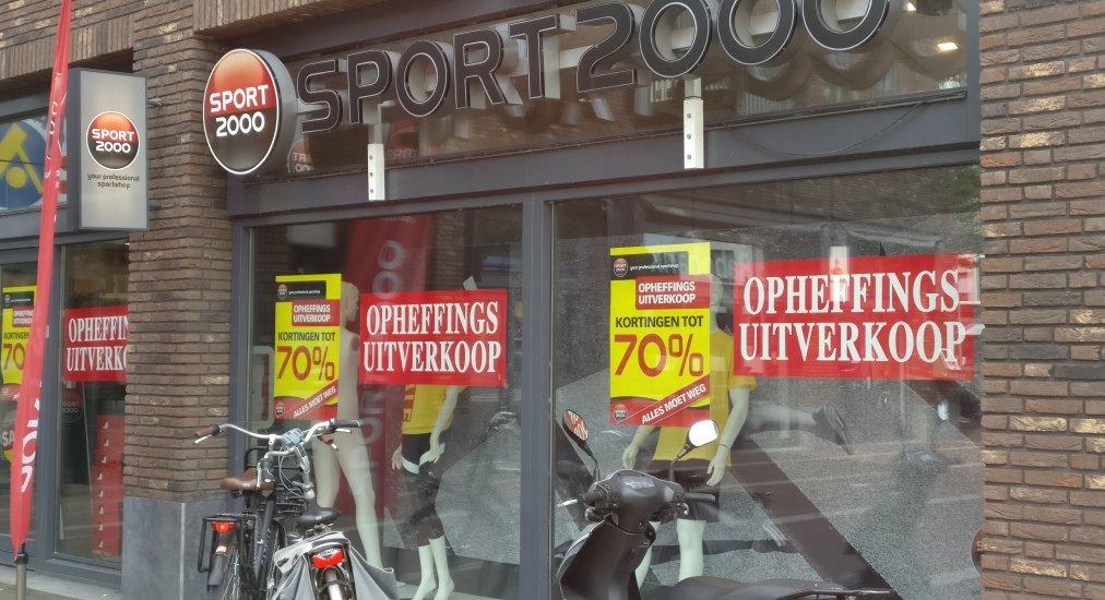 Opheffings-uitverkoop bij Sport2000.