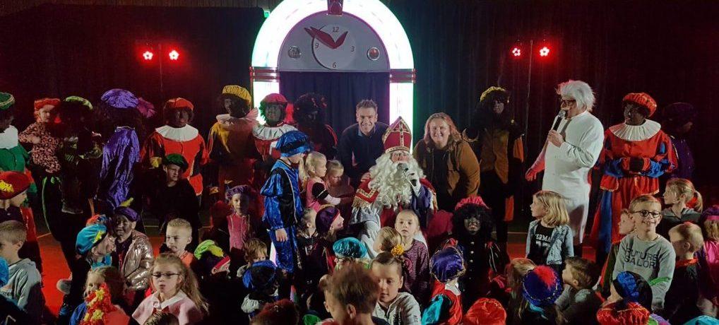 Sinterklaas show groot succes.